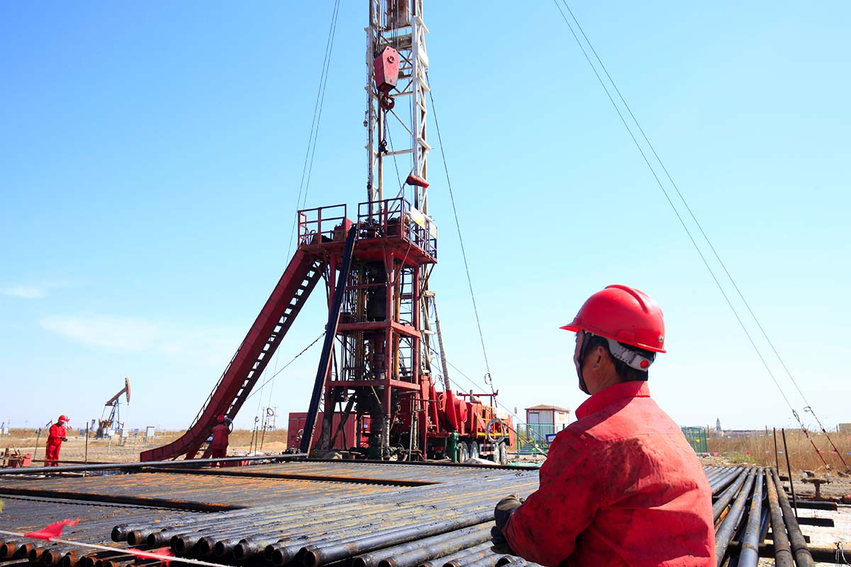 OIL FIELD ZUBAIR MISHRIF DEGASSING STATION.jpg